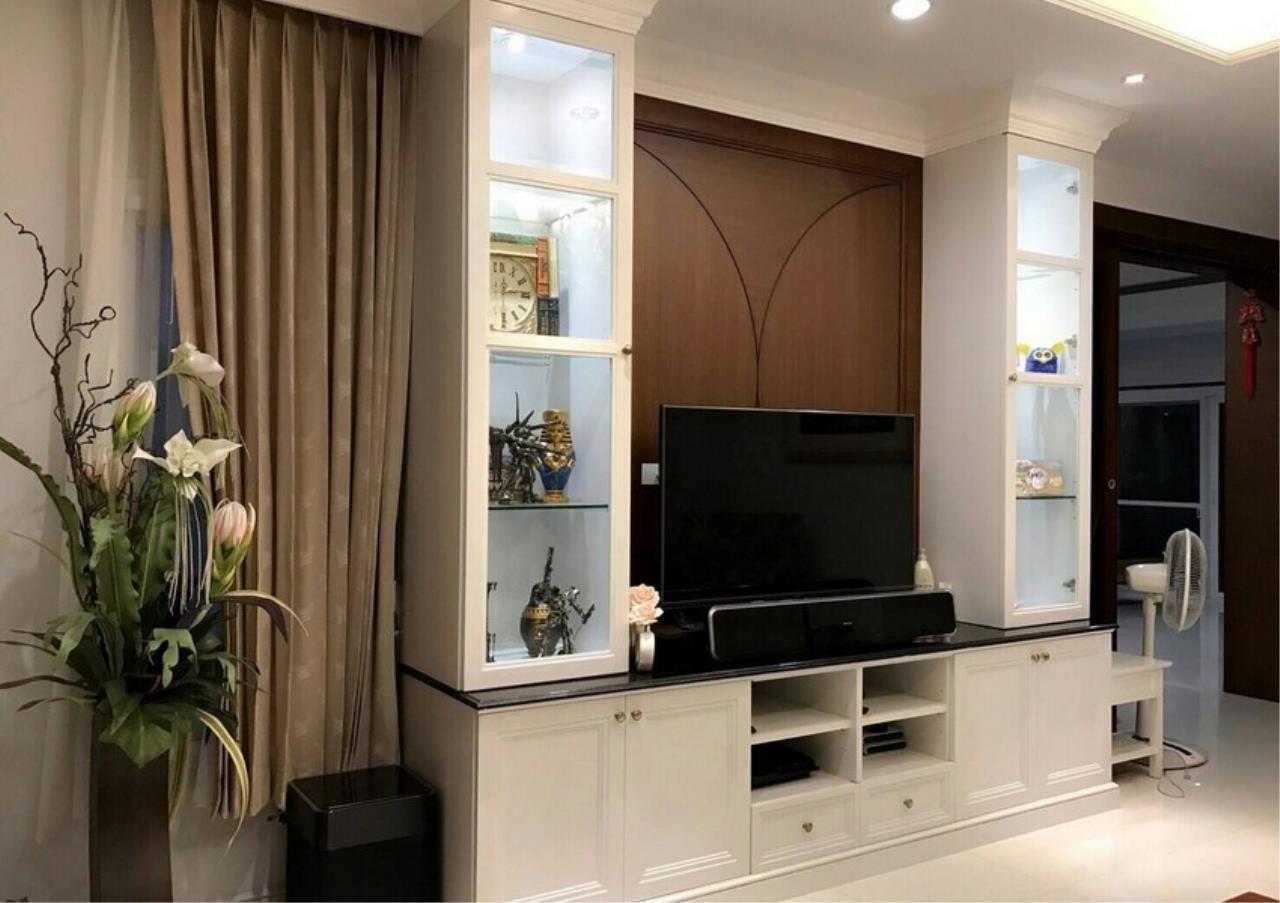 Bangkok Residential Agency's 5 Bed Single House For Sale in Punnawithee BR8223SH 3