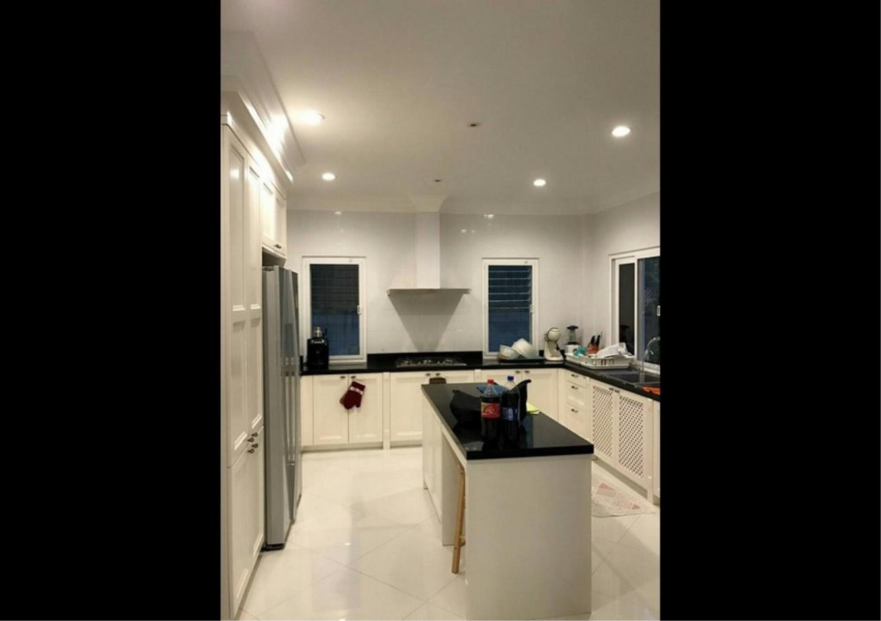 Bangkok Residential Agency's 5 Bed Single House For Sale in Punnawithee BR8223SH 6