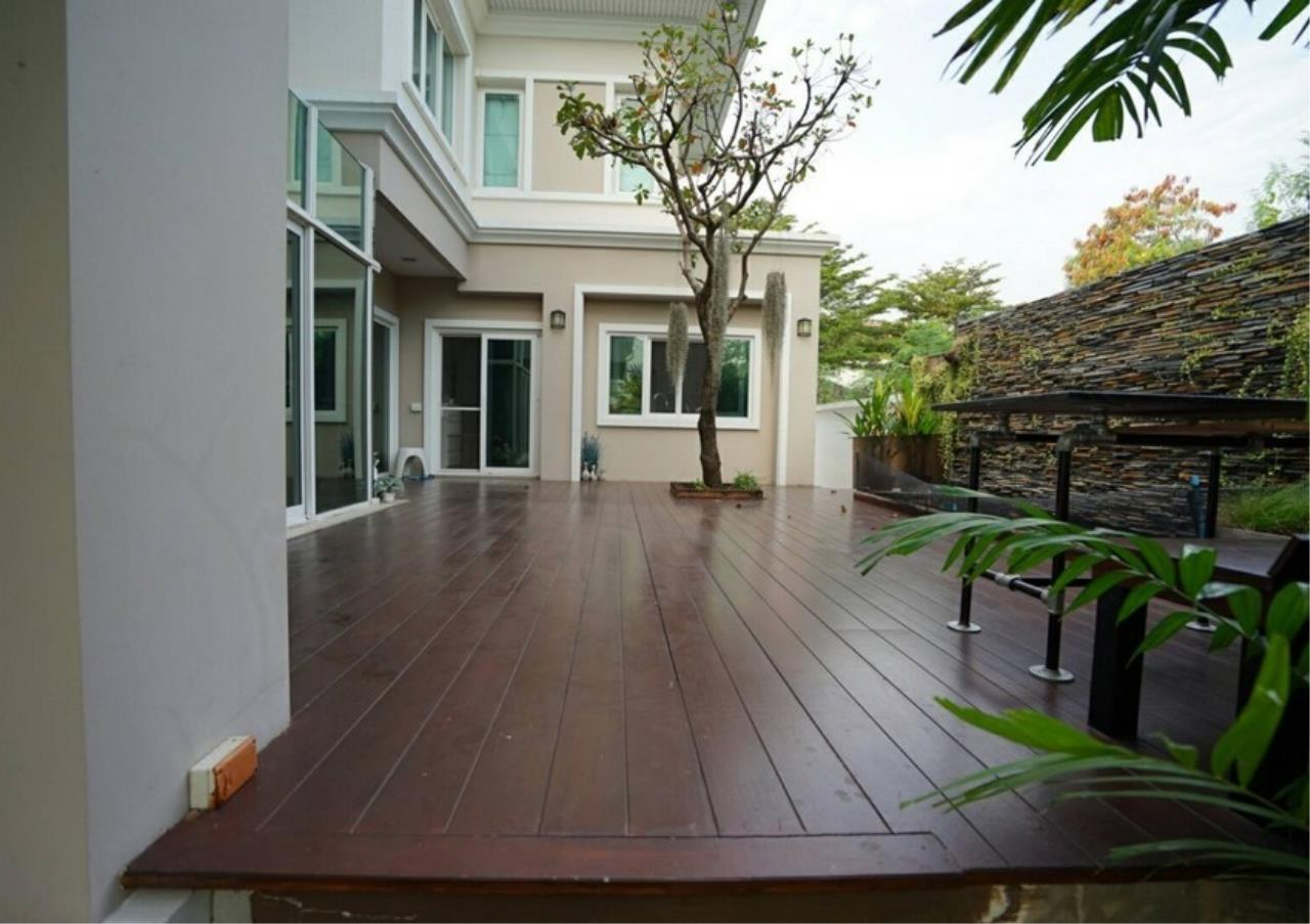 Bangkok Residential Agency's 5 Bed Single House For Sale in Punnawithee BR8223SH 10