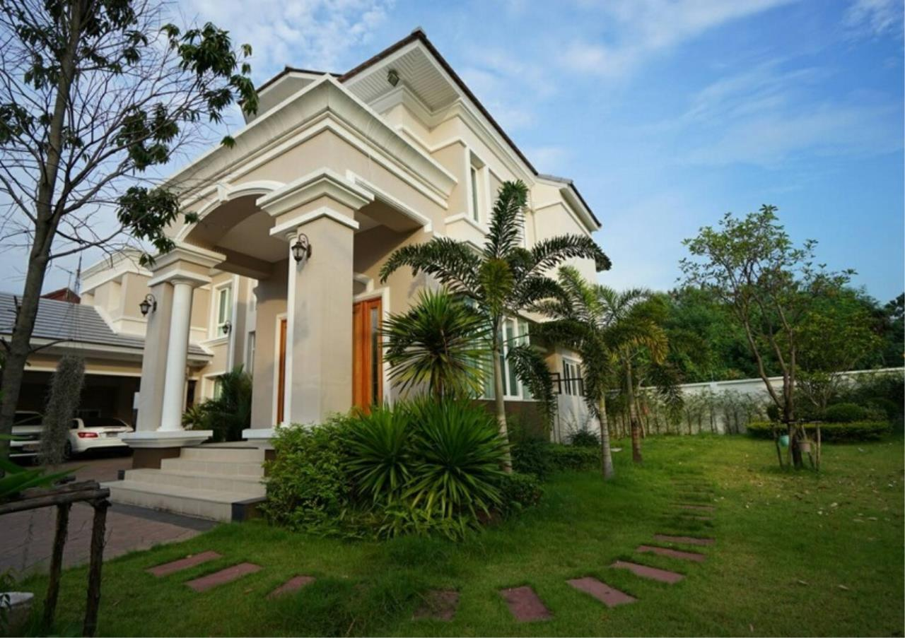Bangkok Residential Agency's 5 Bed Single House For Sale in Punnawithee BR8223SH 12