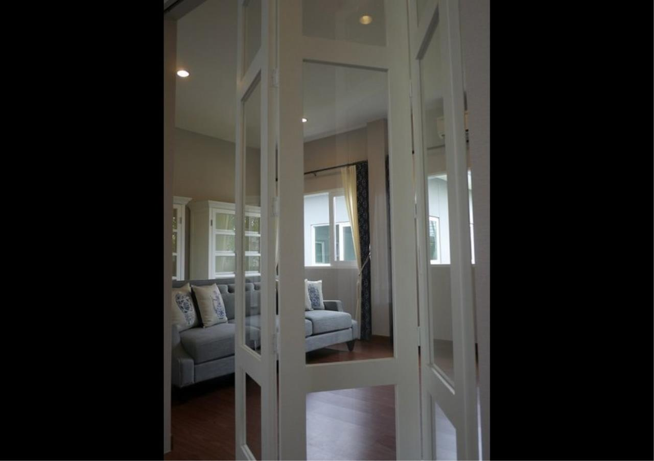Bangkok Residential Agency's 4 Bed Detached House in Compound For Rent in Bang Na BR8235SH 11
