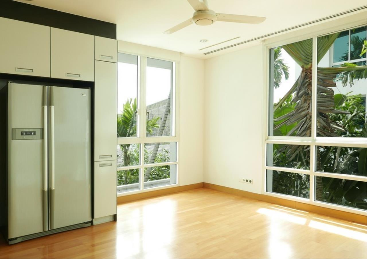 Bangkok Residential Agency's 5 Bed Single House in Compound For Rent in Sathorn BR8276SH 8