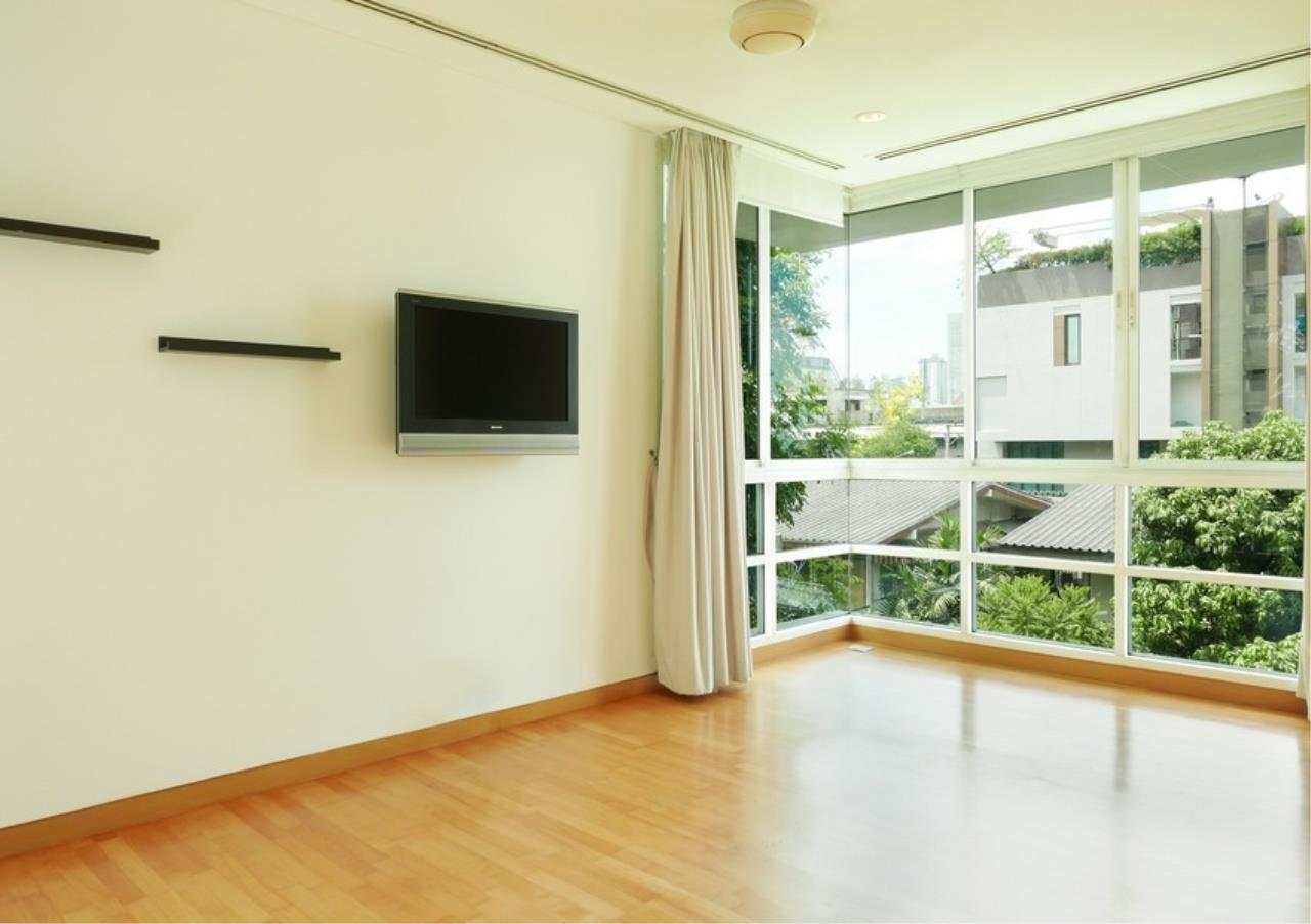 Bangkok Residential Agency's 5 Bed Single House in Compound For Rent in Sathorn BR8276SH 7
