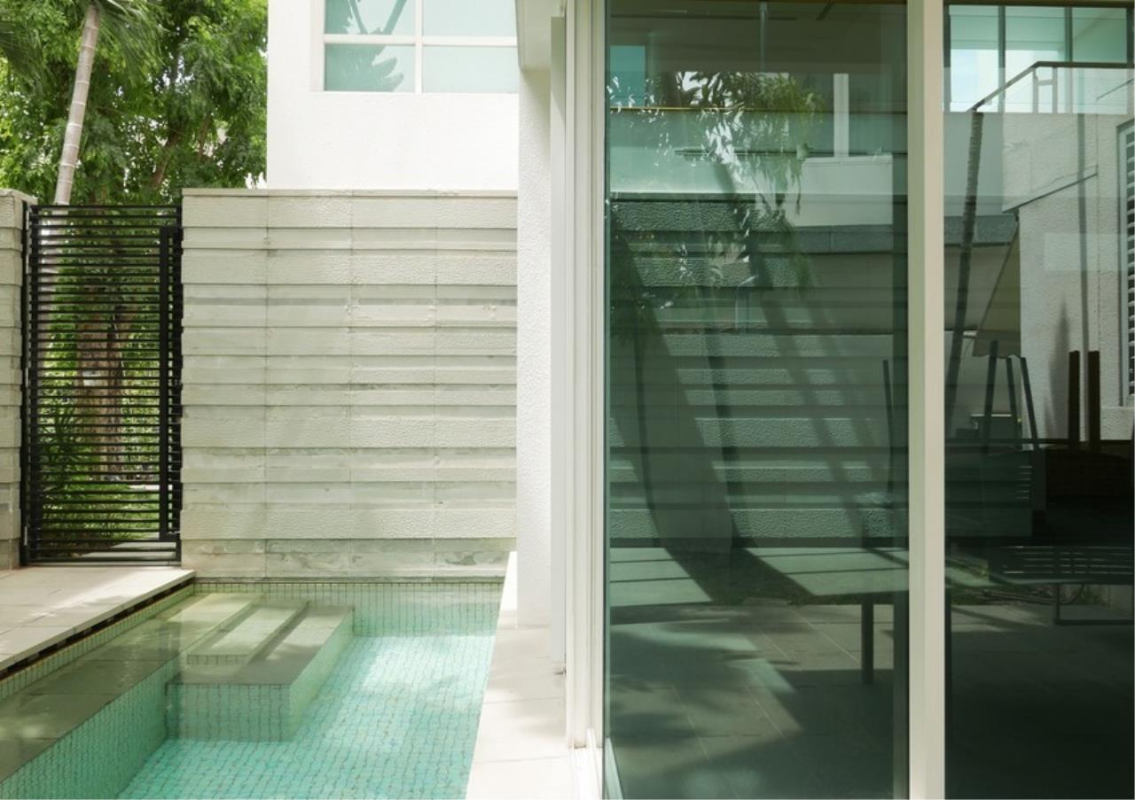 Bangkok Residential Agency's 5 Bed Single House in Compound For Rent in Sathorn BR8276SH 14