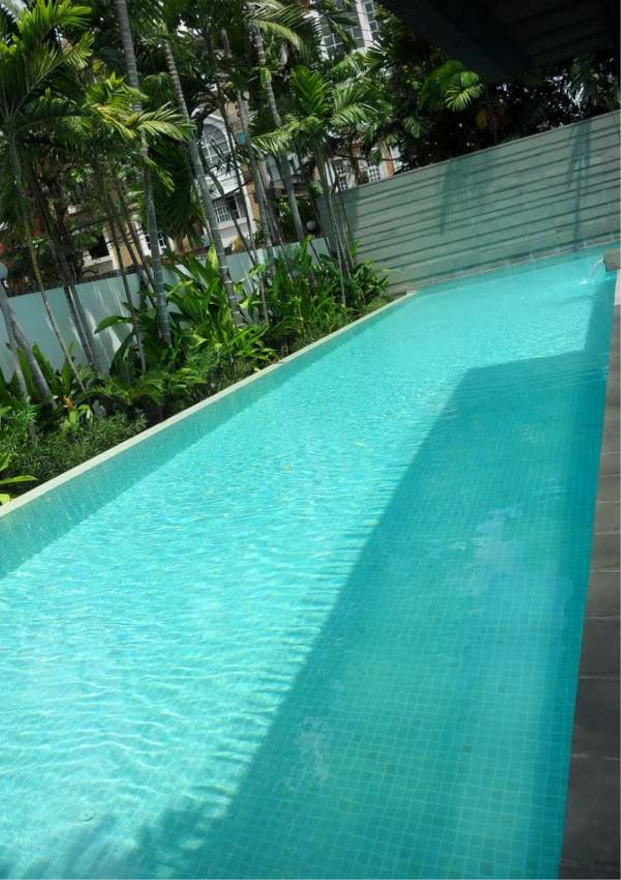 Bangkok Residential Agency's 5 Bed Single House in Compound For Rent in Sathorn BR8276SH 11