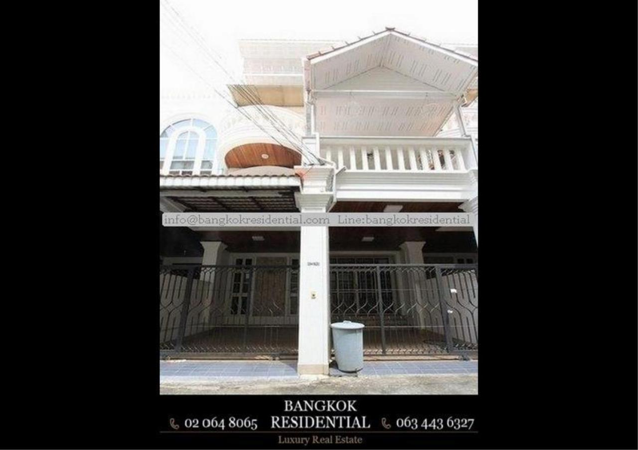 Bangkok Residential Agency's 3 Bed Townhouse For Rent in Sathorn BR8537TH 1