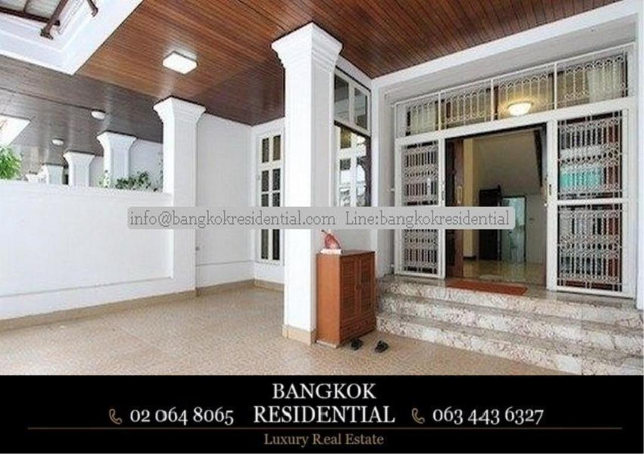 Bangkok Residential Agency's 3 Bed Townhouse For Rent in Sathorn BR8537TH 2