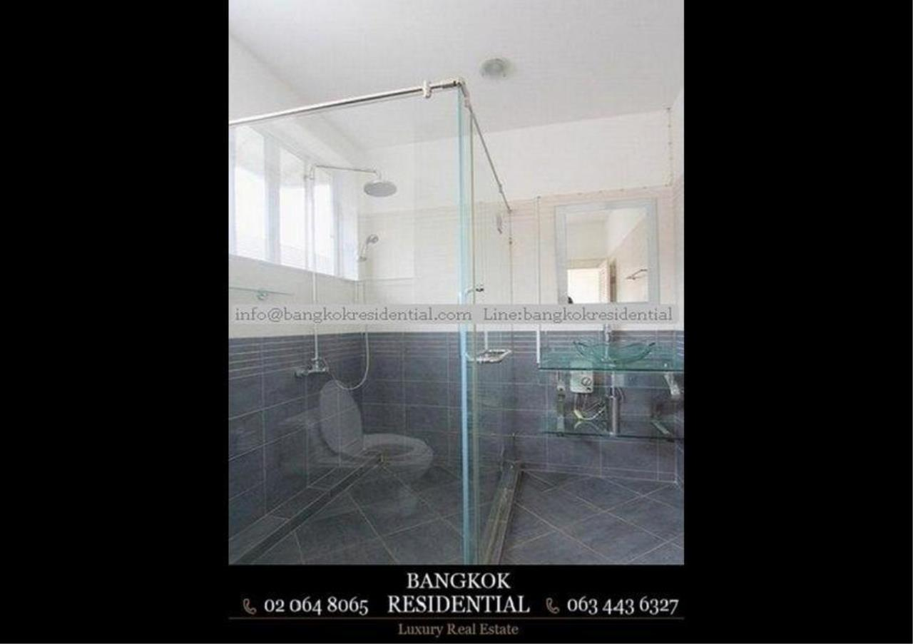 Bangkok Residential Agency's 3 Bed Townhouse For Rent in Sathorn BR8537TH 11