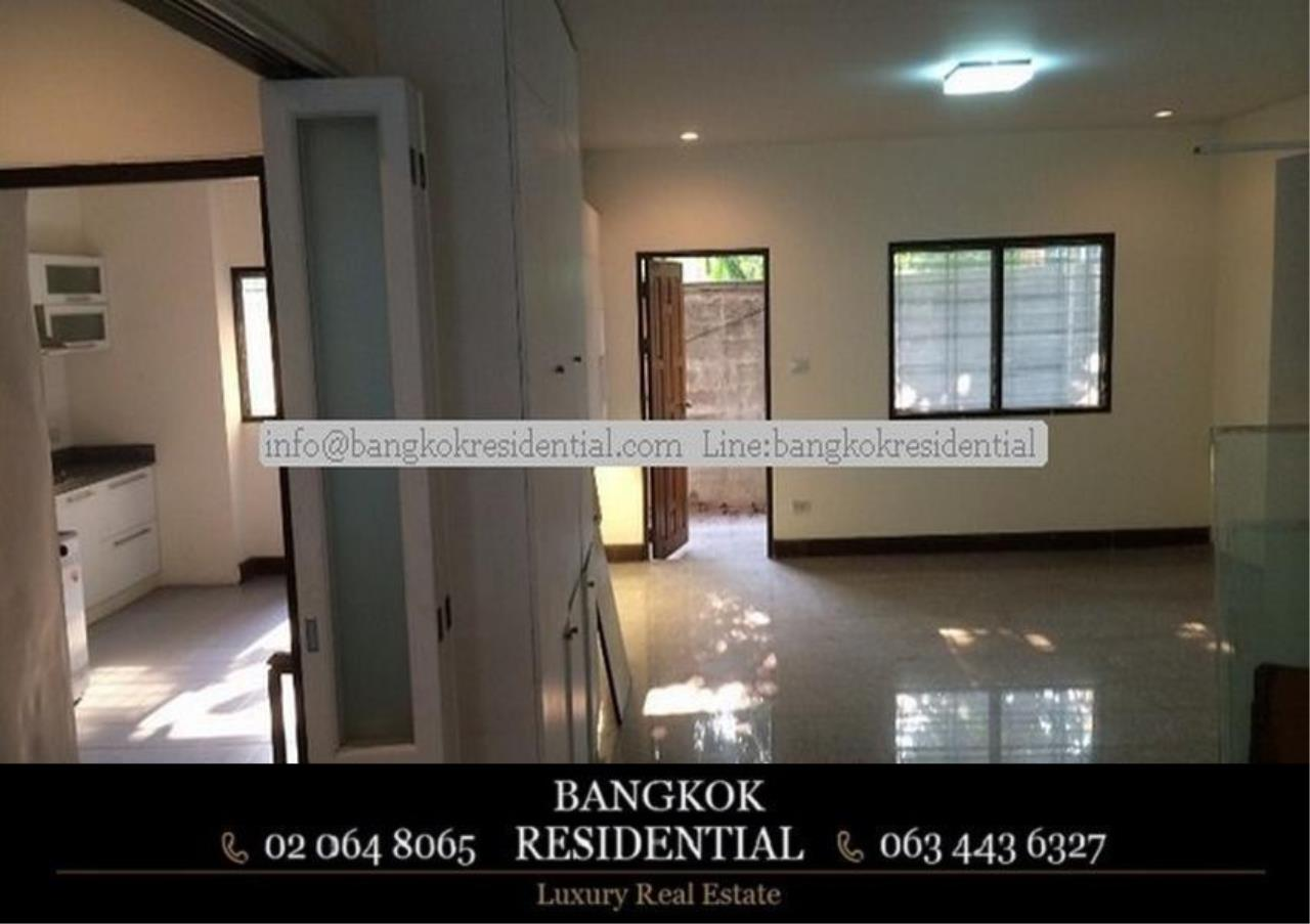 Bangkok Residential Agency's 6 Bed Townhouse For Rent in Sathorn BR8570TH 2