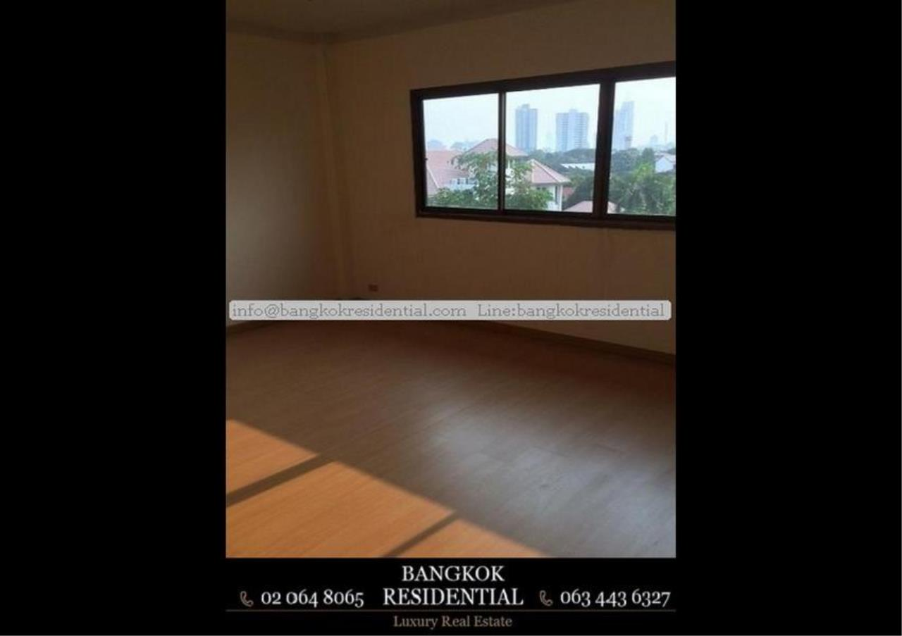 Bangkok Residential Agency's 6 Bed Townhouse For Rent in Sathorn BR8570TH 3