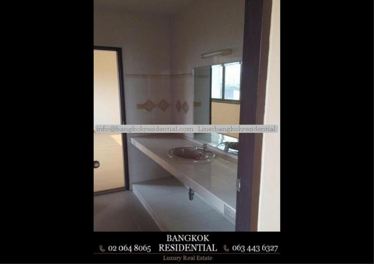 Bangkok Residential Agency's 6 Bed Townhouse For Rent in Sathorn BR8570TH 6