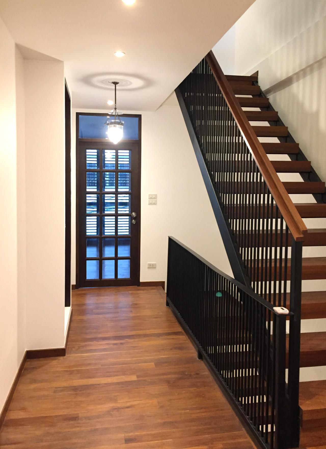 Bangkok Residential Agency's 4 Bed Townhouse For Sale in Phra Khanong BR8649TH 2