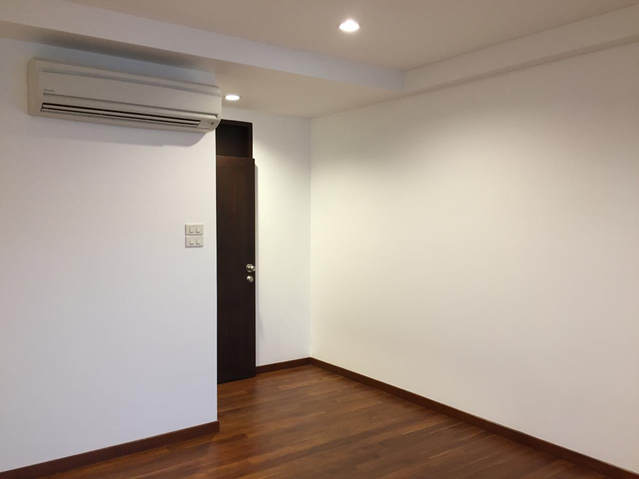 Bangkok Residential Agency's 4 Bed Townhouse For Sale in Phra Khanong BR8649TH 7