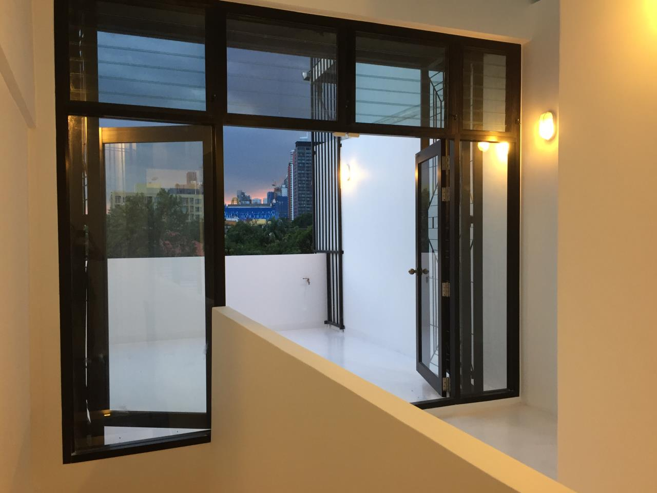 Bangkok Residential Agency's 4 Bed Townhouse For Sale in Phra Khanong BR8649TH 9