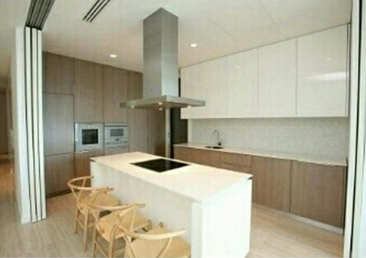 Bangkok Residential Agency's 2 Bed Duplex Condo For Rent in Ratchadamri BR9020CD 2