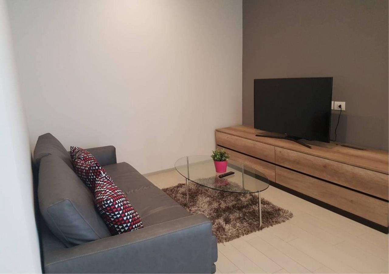 Bangkok Residential Agency's 2 Bed Condo For Rentin Phloen Chit BR9057CD 2