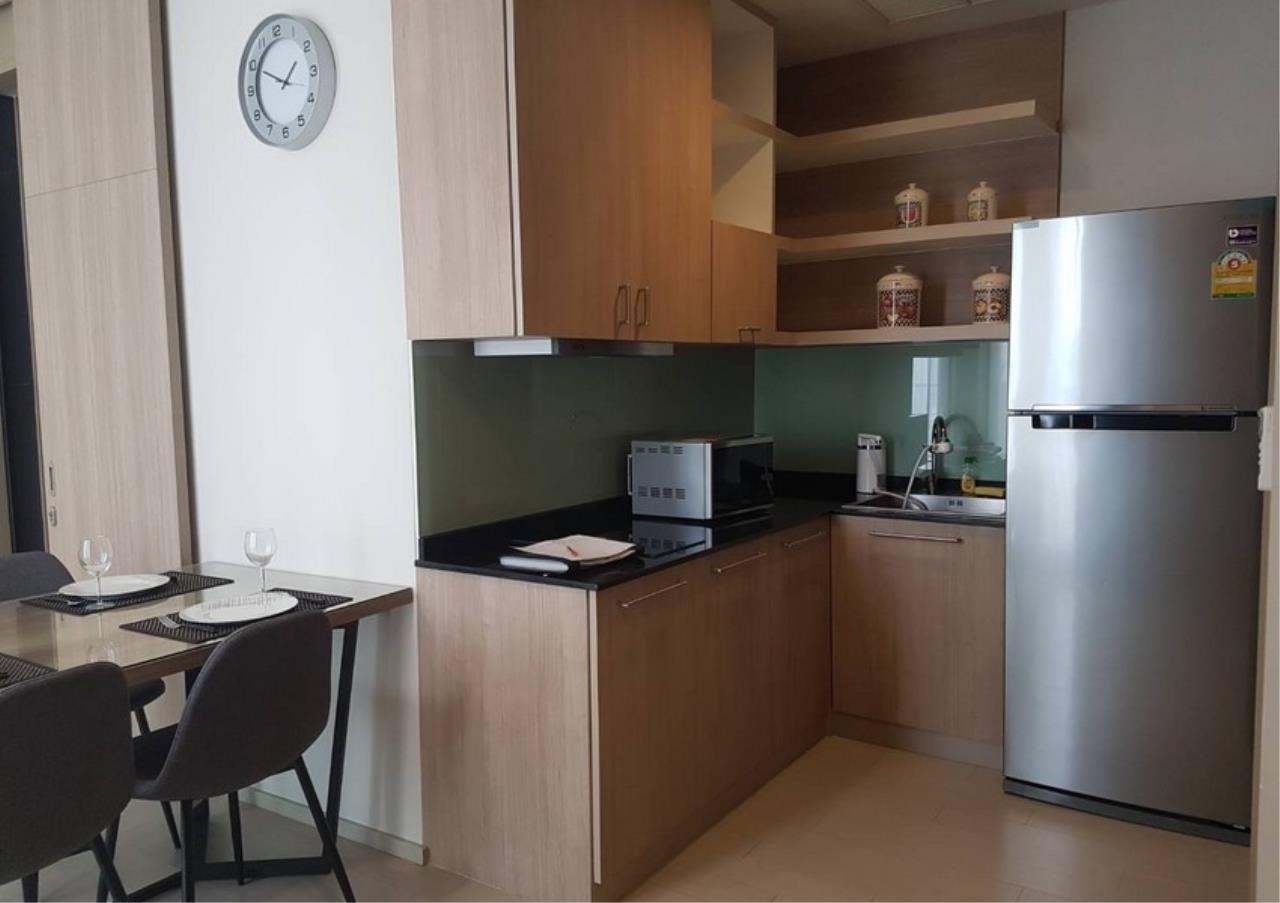 Bangkok Residential Agency's 2 Bed Condo For Rentin Phloen Chit BR9057CD 3