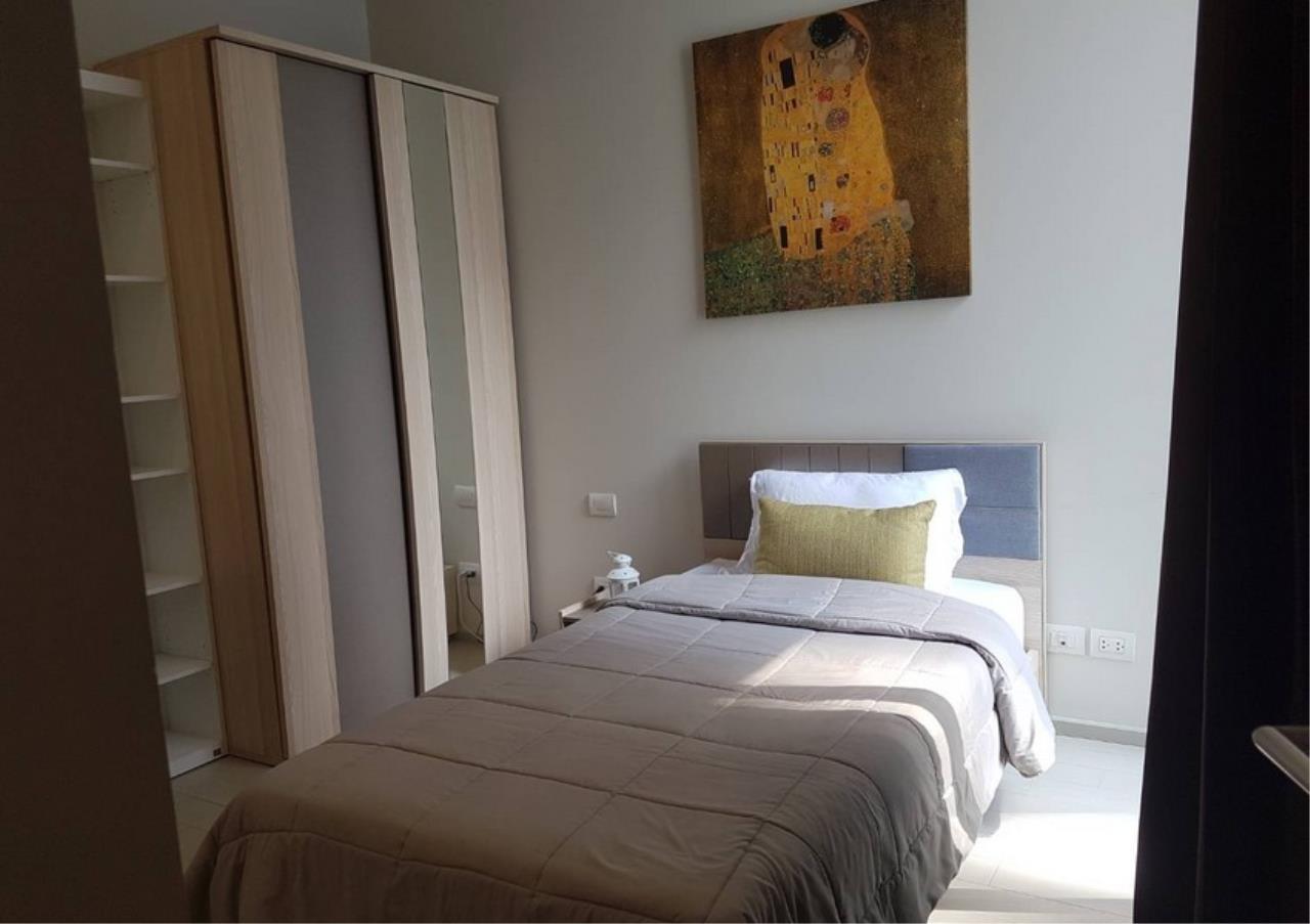 Bangkok Residential Agency's 2 Bed Condo For Rentin Phloen Chit BR9057CD 5
