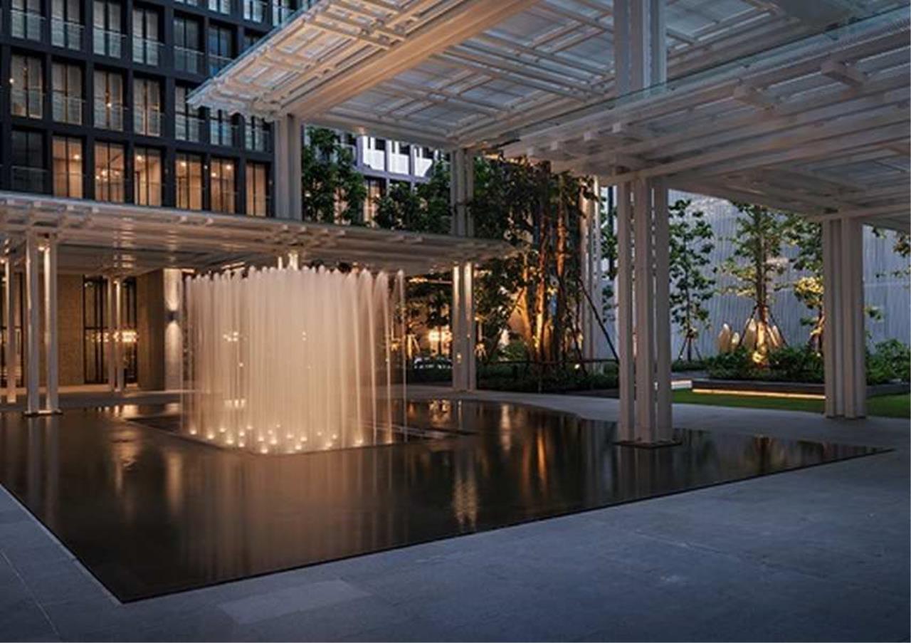 Bangkok Residential Agency's 2 Bed Condo For Rentin Phloen Chit BR9057CD 9
