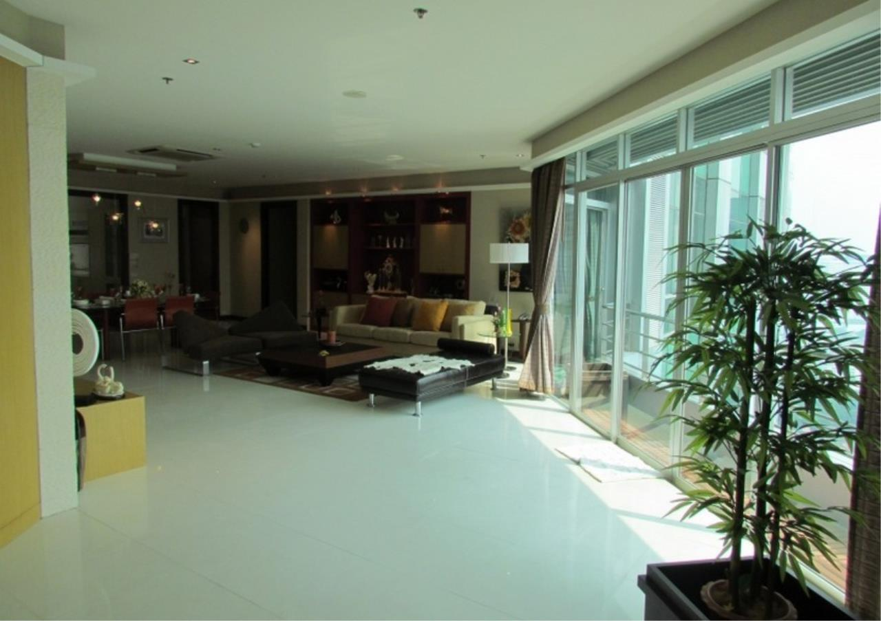Bangkok Residential Agency's 5 Bed Condo For Sale Near Riverside BR9060CD 1