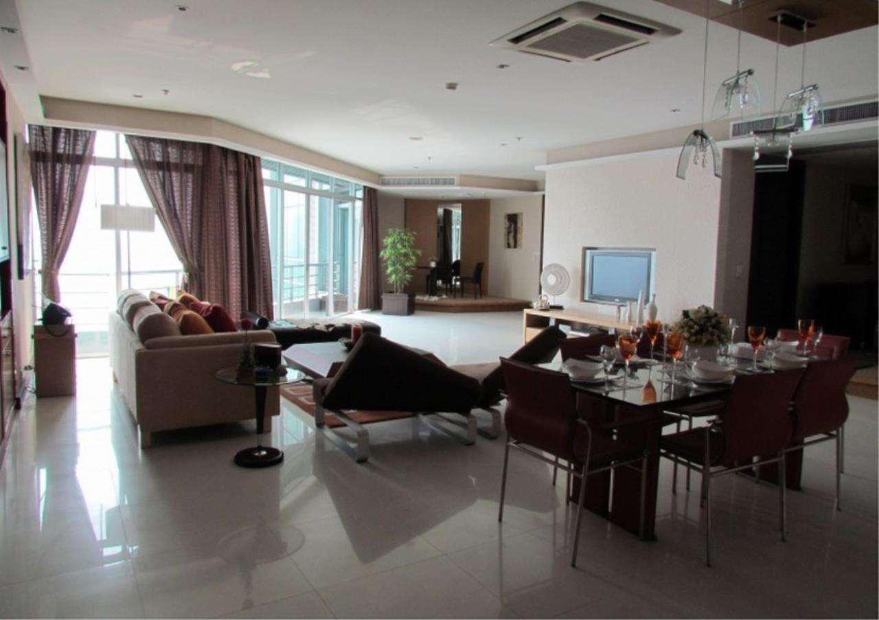 Bangkok Residential Agency's 5 Bed Condo For Sale Near Riverside BR9060CD 6