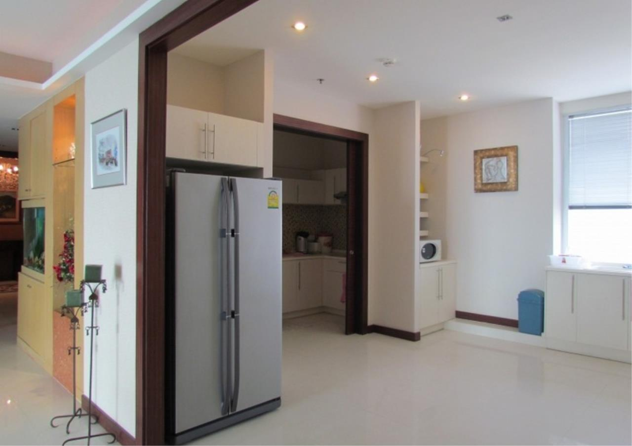 Bangkok Residential Agency's 5 Bed Condo For Sale Near Riverside BR9060CD 9