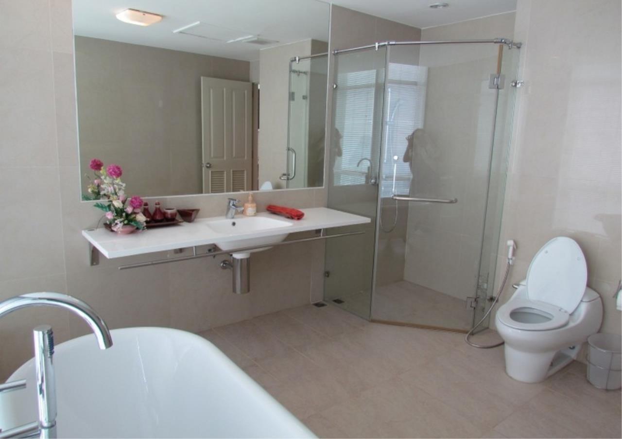 Bangkok Residential Agency's 5 Bed Condo For Sale Near Riverside BR9060CD 12