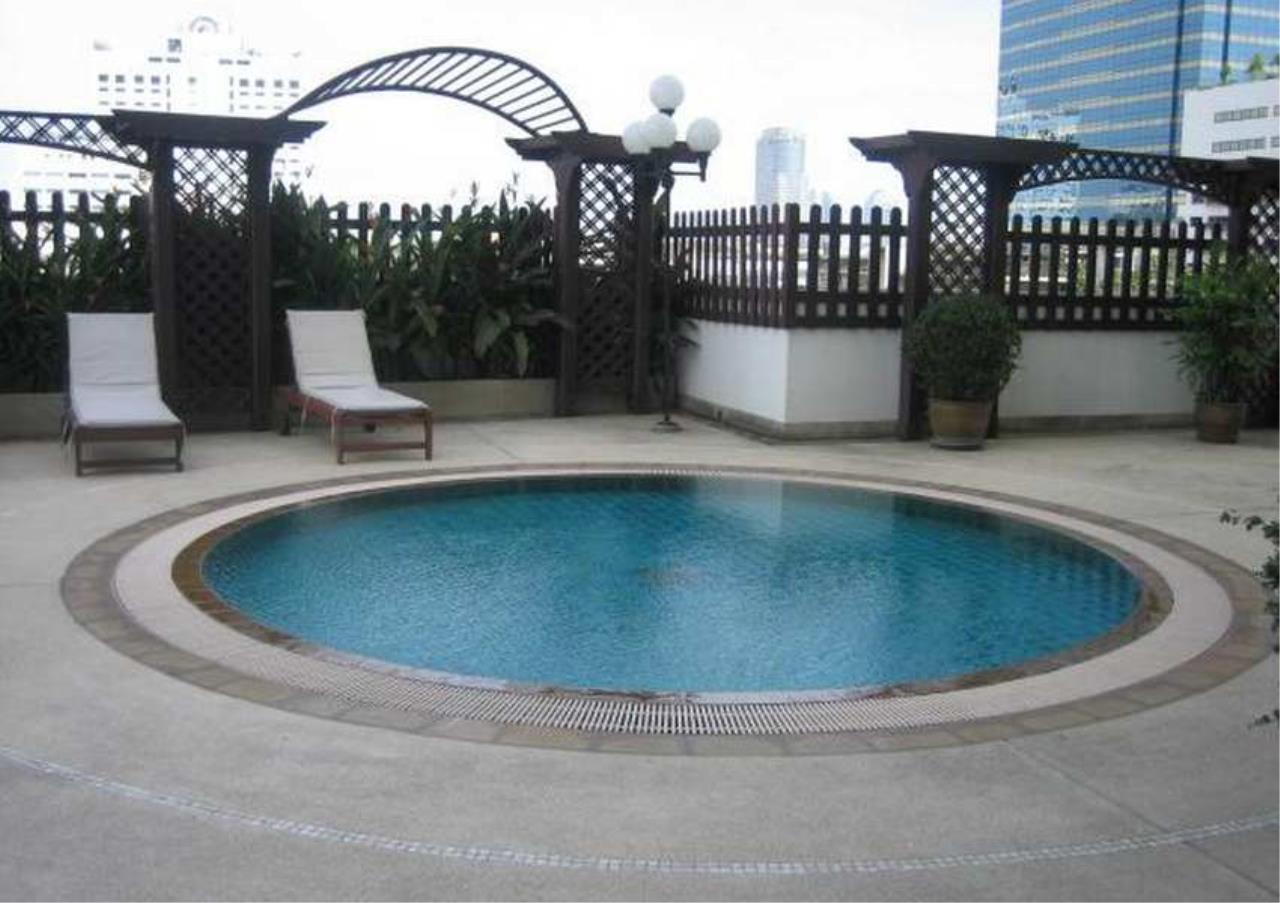 Bangkok Residential Agency's 3 Bed Condo For Rent in Nana BR9092CD 2