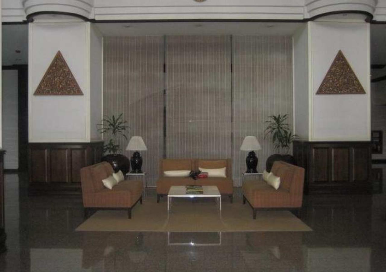 Bangkok Residential Agency's 3 Bed Condo For Rent in Nana BR9092CD 4