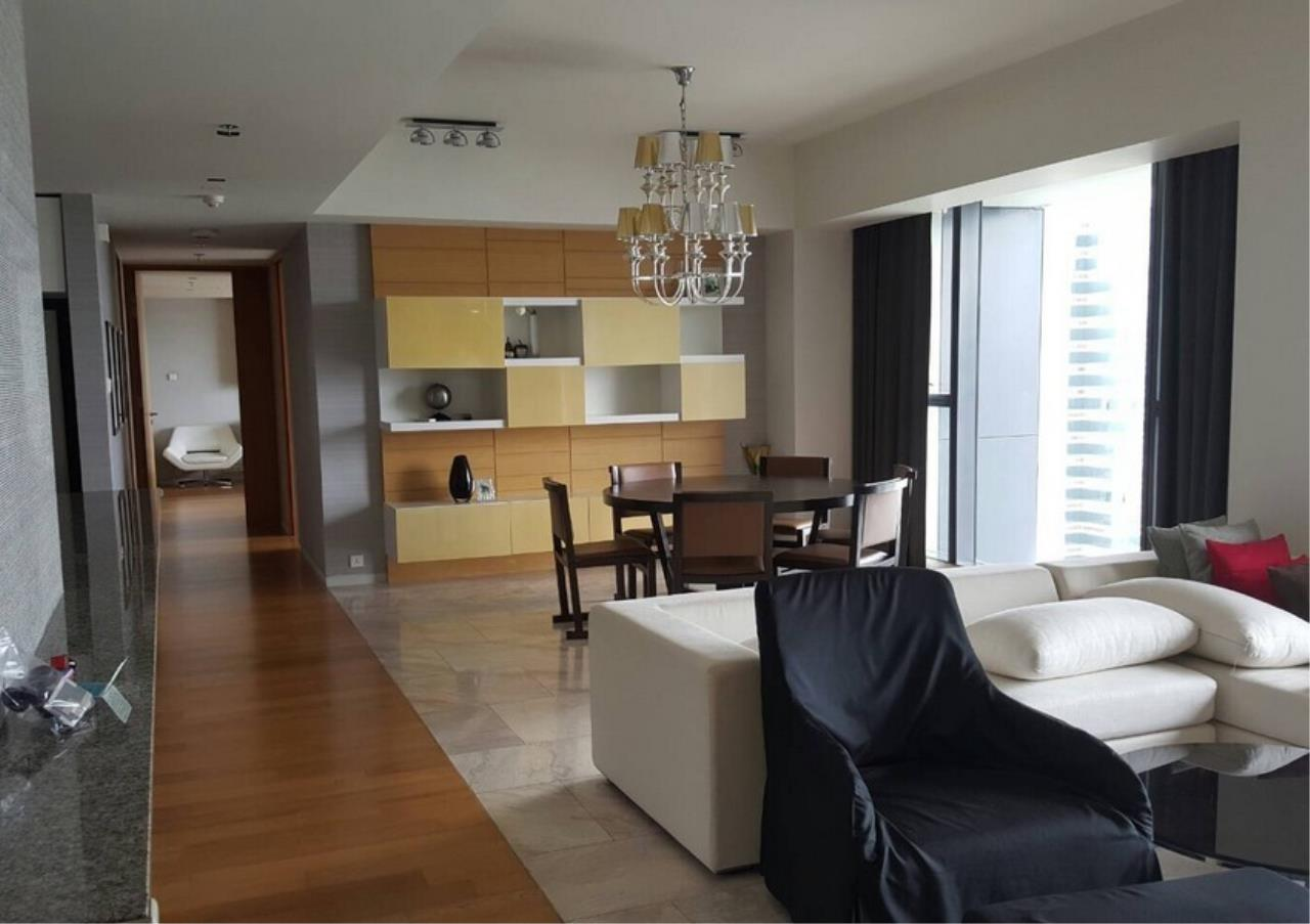 Bangkok Residential Agency's 3 Bed Condo For Rent in Sathorn BR9094CD 1