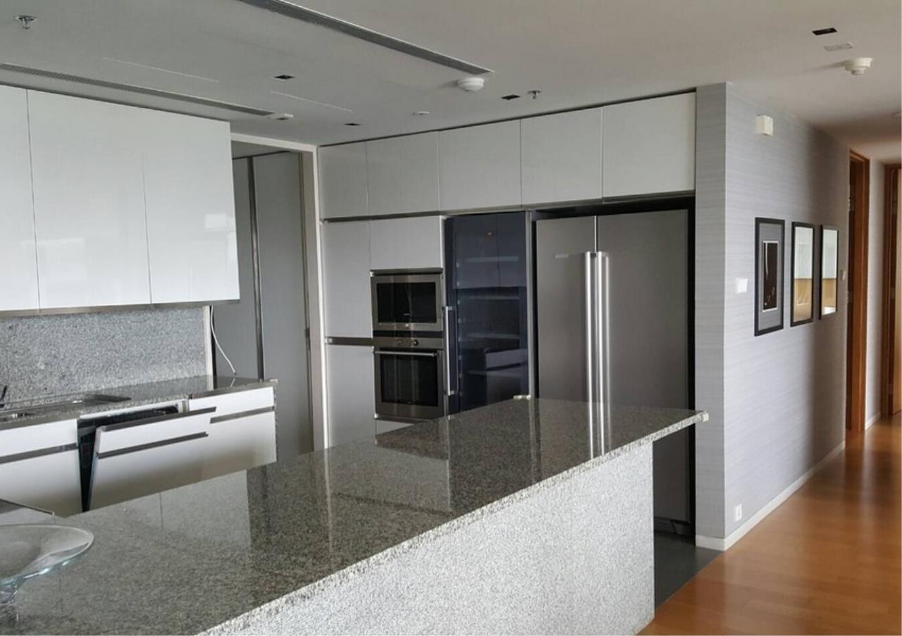 Bangkok Residential Agency's 3 Bed Condo For Rent in Sathorn BR9094CD 2