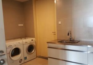 Bangkok Residential Agency's 3 Bed Condo For Rent in Sathorn BR9094CD 3