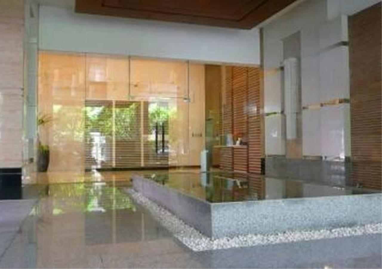 Bangkok Residential Agency's 3 Bed Condo For Rent in Phrom Phong BR9109CD 2