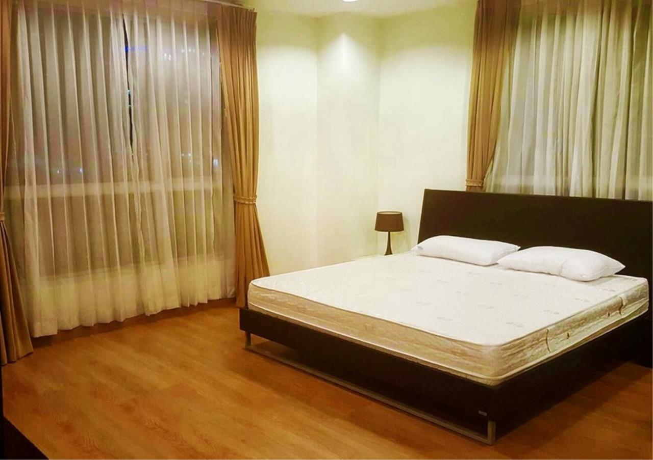 Bangkok Residential Agency's 2 Bed Condo For Rent in Ekkamai BR9172CD 4