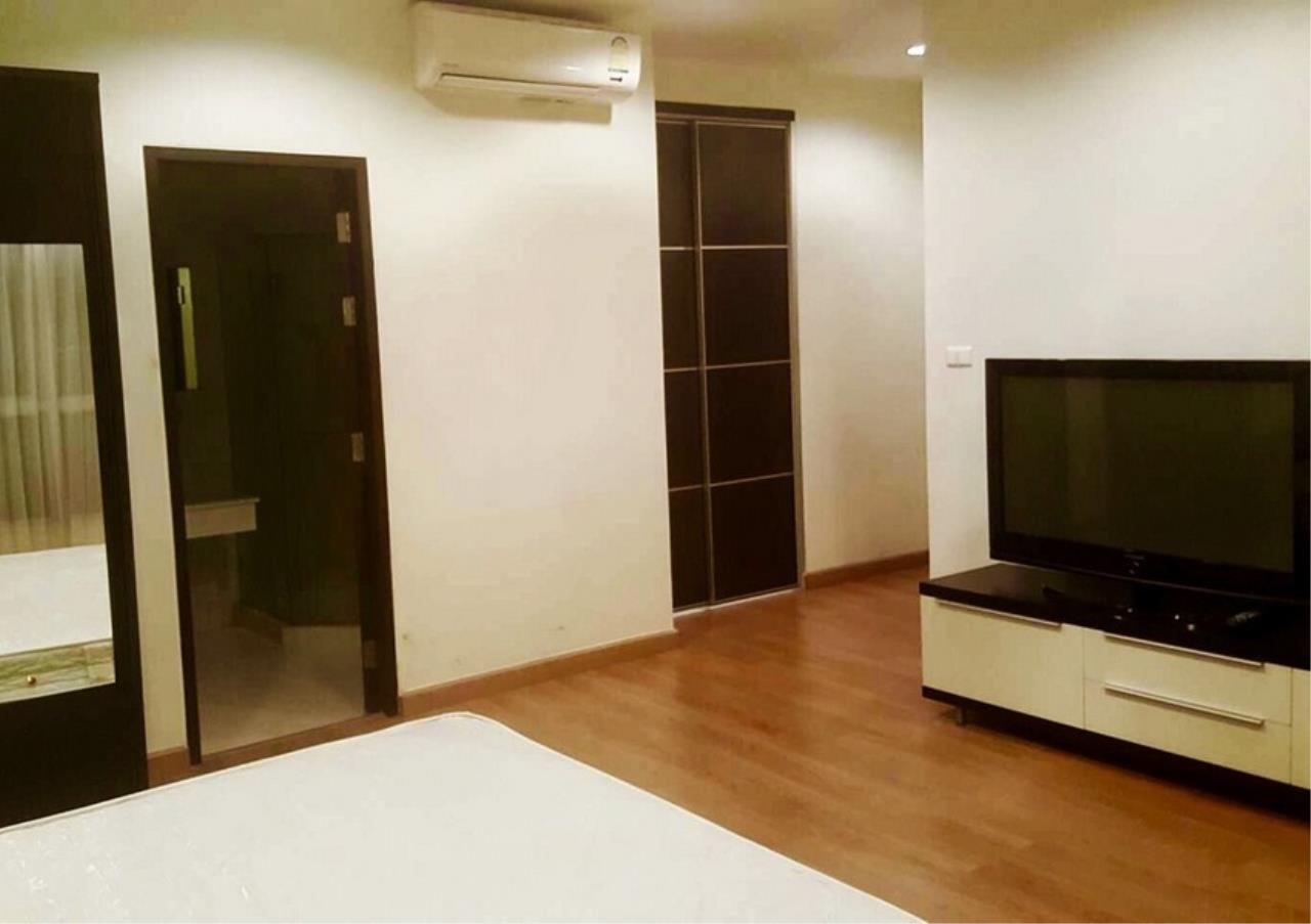 Bangkok Residential Agency's 2 Bed Condo For Rent in Ekkamai BR9172CD 5
