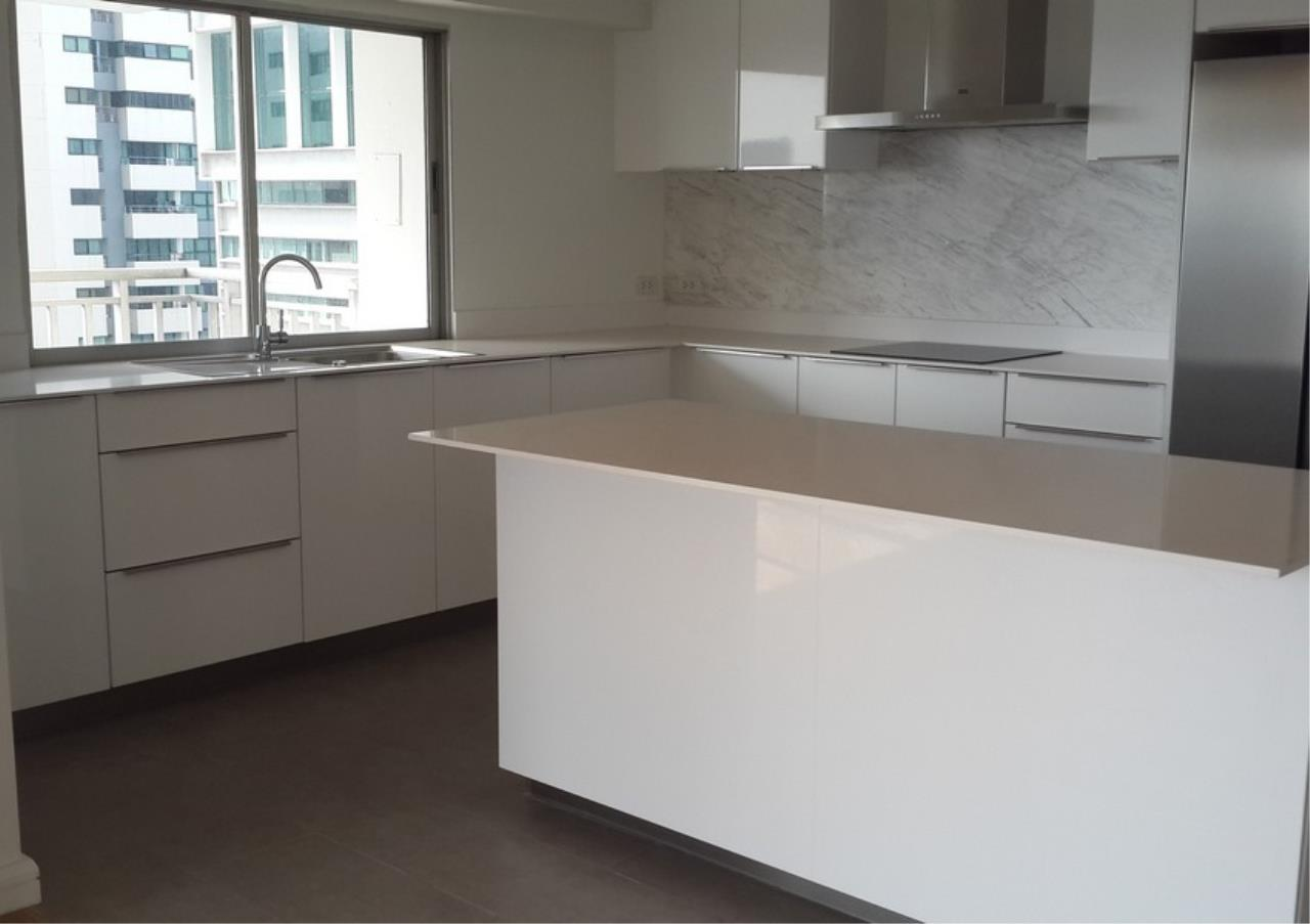 Bangkok Residential Agency's 2 Bed Condo For Rent	in Lumphini BR9204CD 2