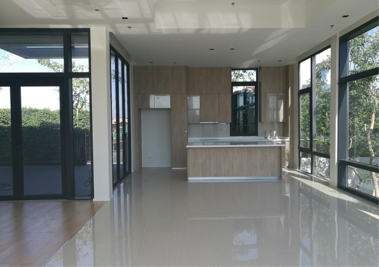 Bangkok Residential Agency's 3 Bed Condo For Rent on Petchaburi Rd BR9348CD 2