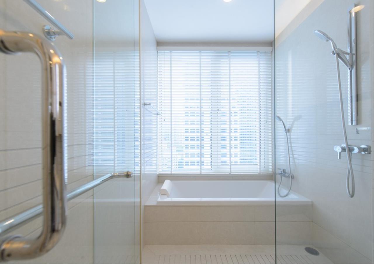 Bangkok Residential Agency's 2 Bed Condo For Sale in Chidlom BR9379CD 14