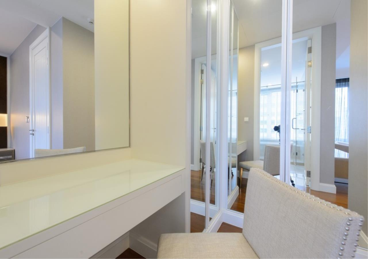 Bangkok Residential Agency's 2 Bed Condo For Sale in Chidlom BR9379CD 10