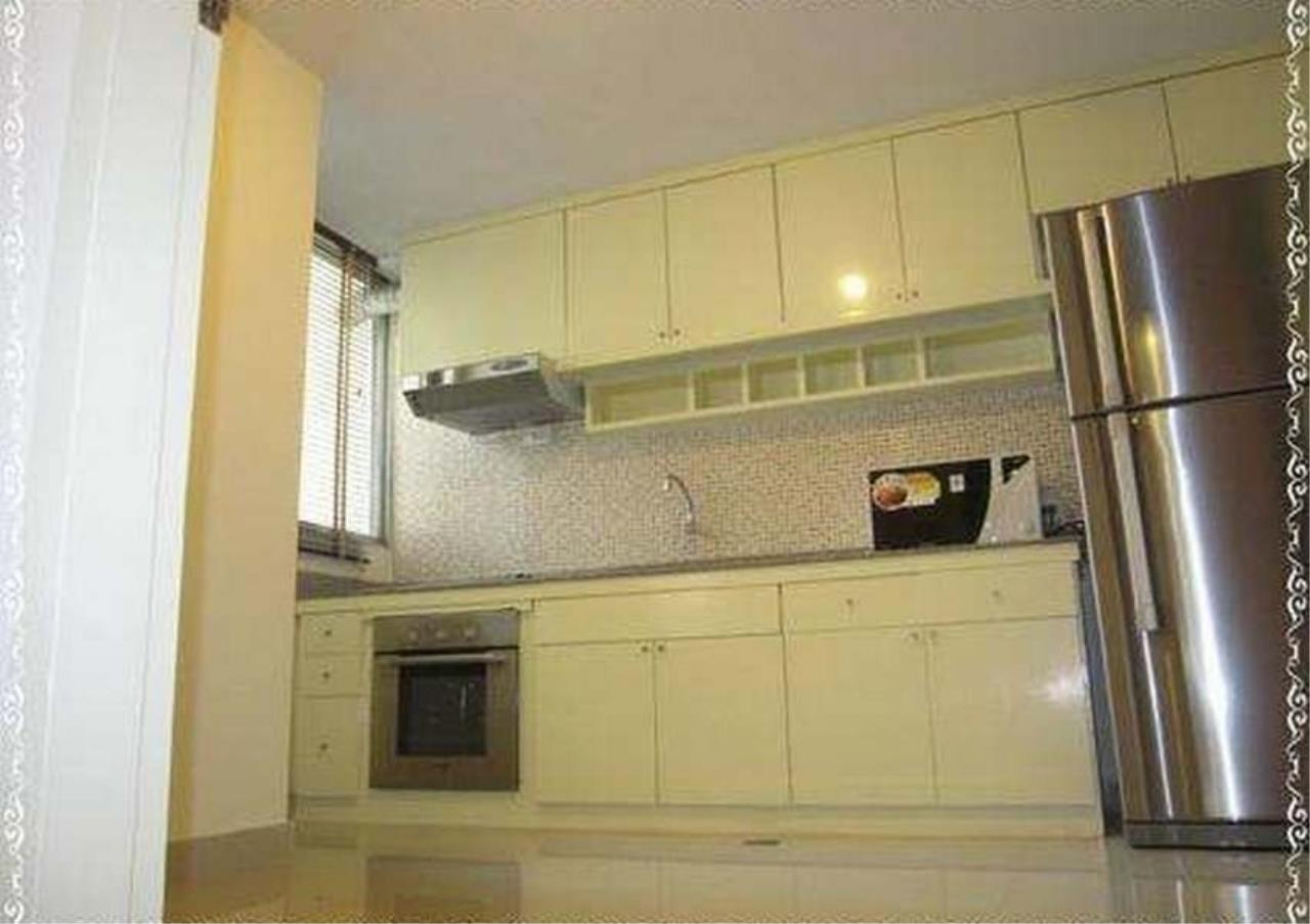 Bangkok Residential Agency's 3 Bed Duplex Condo For Rent in Ekkamai BR9401CD 3