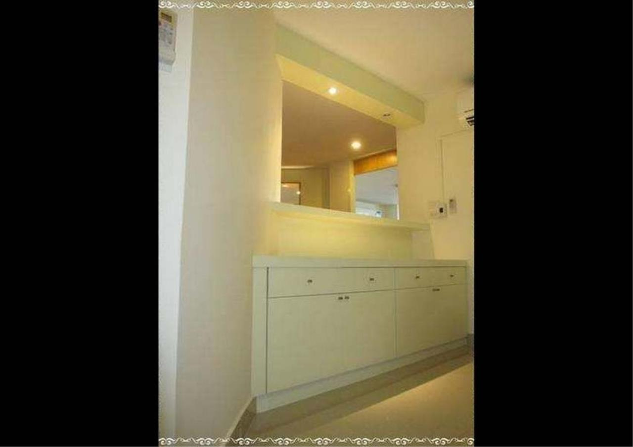 Bangkok Residential Agency's 3 Bed Duplex Condo For Rent in Ekkamai BR9401CD 4