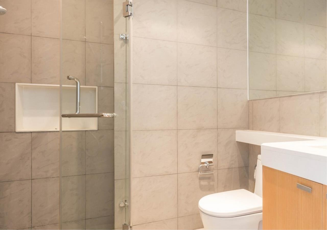 Bangkok Residential Agency's 3 Bed Condo For Rent in Phloen Chit BR9629CD 16