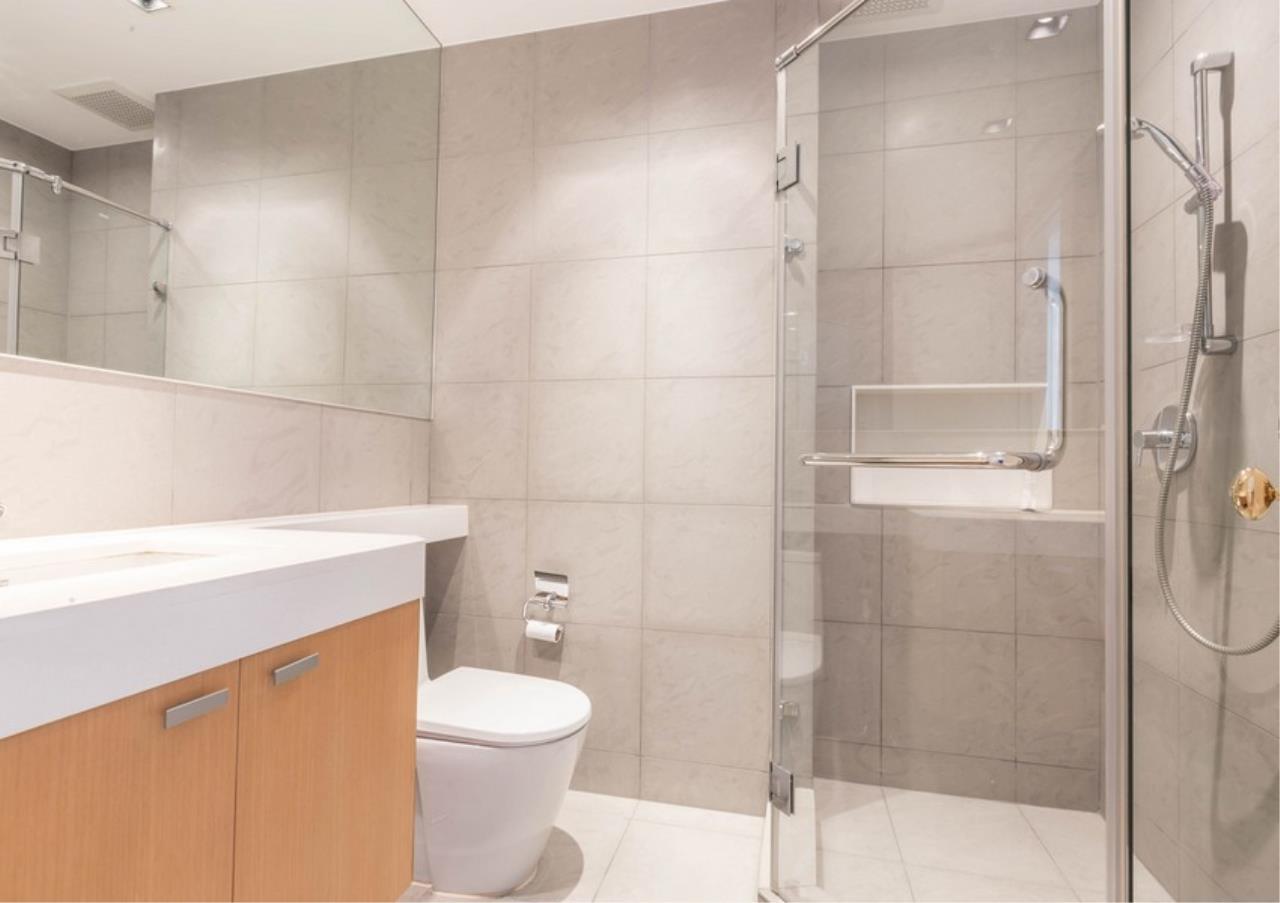 Bangkok Residential Agency's 3 Bed Condo For Rent in Phloen Chit BR9629CD 14