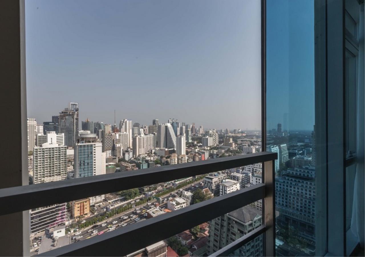 Bangkok Residential Agency's 3 Bed Condo For Rent in Phloen Chit BR9629CD 17