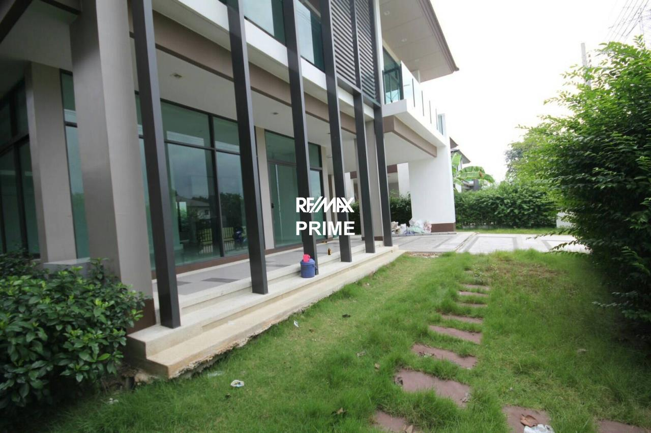 RE/MAX PRIME Agency's House for Sale Setthasiri Onnut-Srinakarin 4