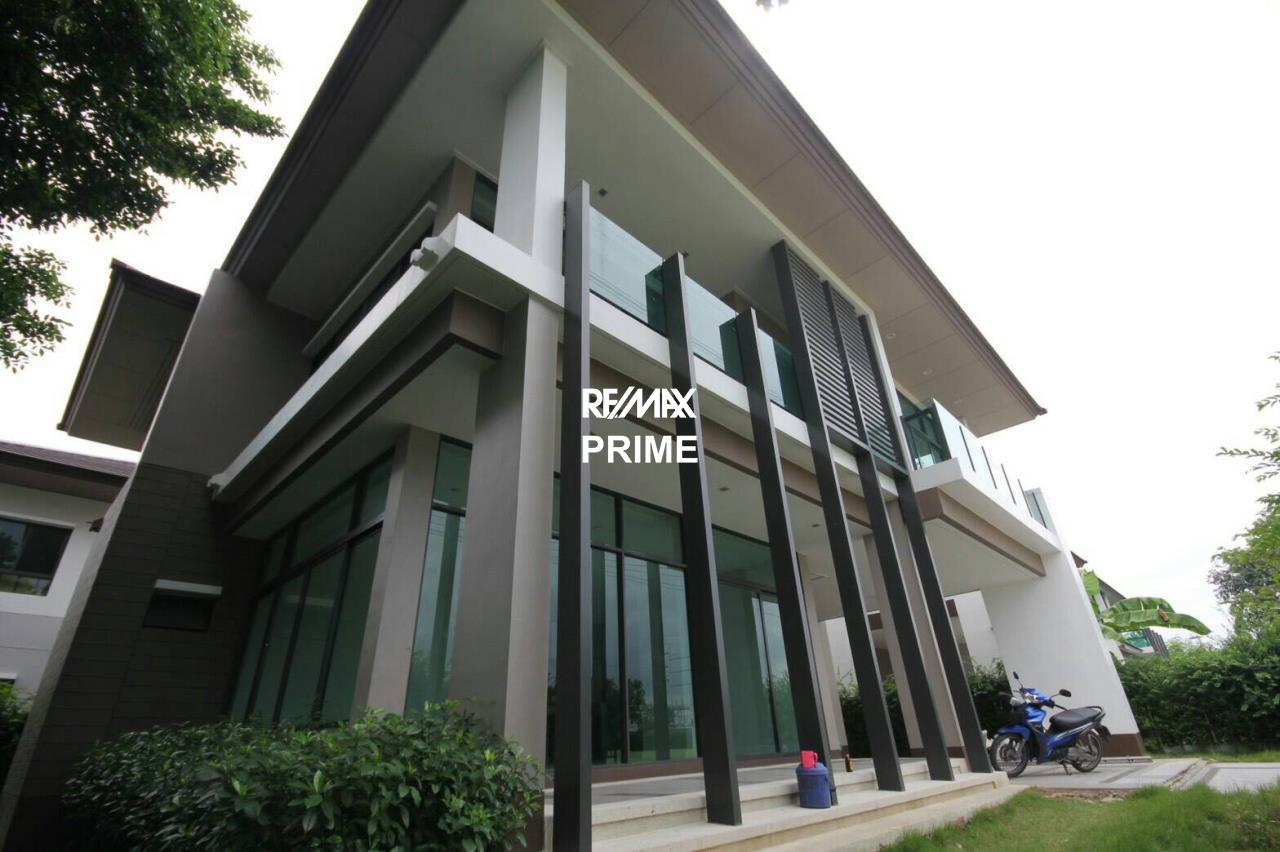 RE/MAX PRIME Agency's House for Sale Setthasiri Onnut-Srinakarin 6
