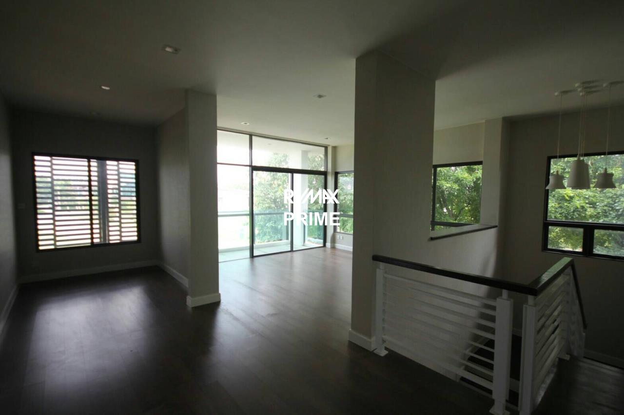 RE/MAX PRIME Agency's House for Sale Setthasiri Onnut-Srinakarin 7