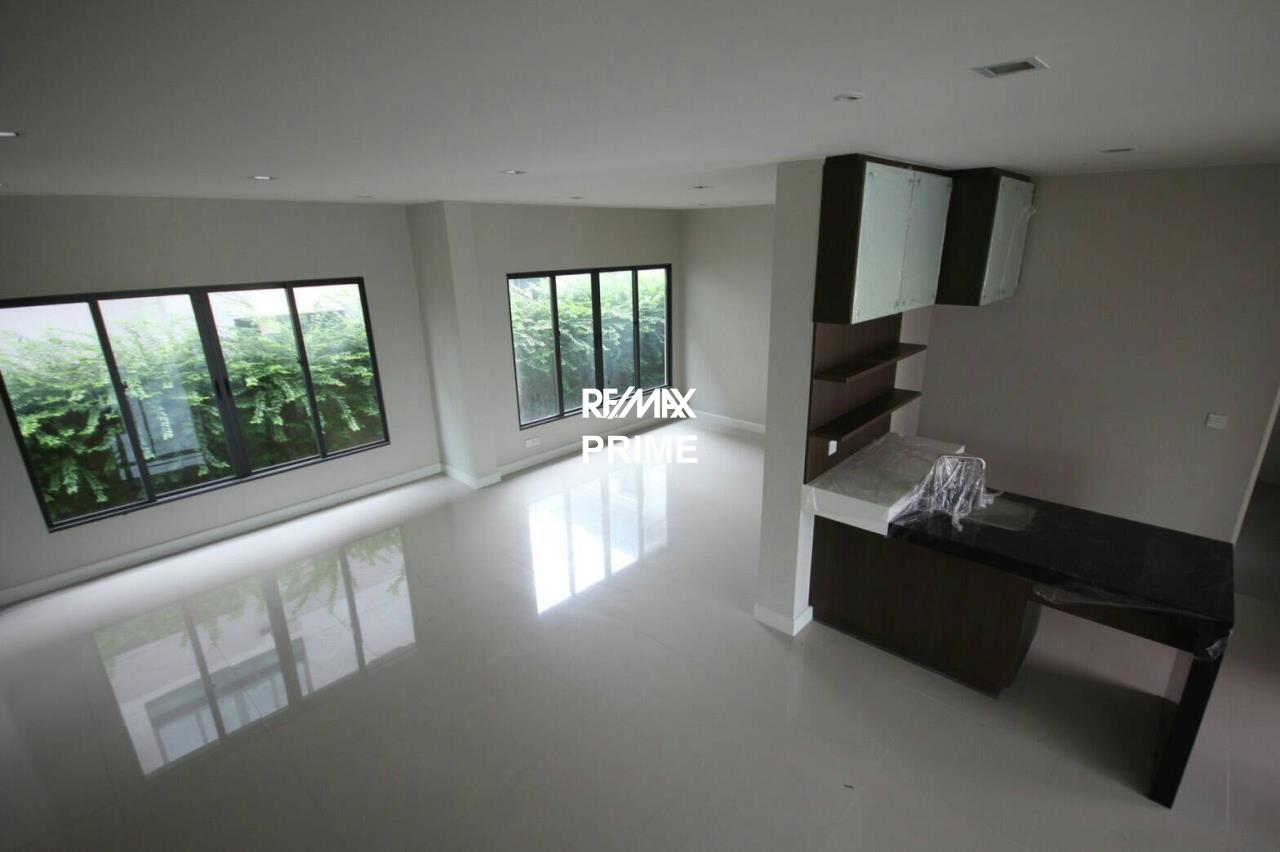 RE/MAX PRIME Agency's House for Sale Setthasiri Onnut-Srinakarin 8