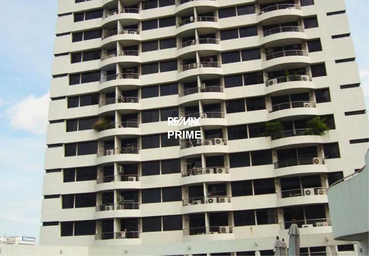 RE/MAX PRIME Agency's For Rent Supalai Place 39 1