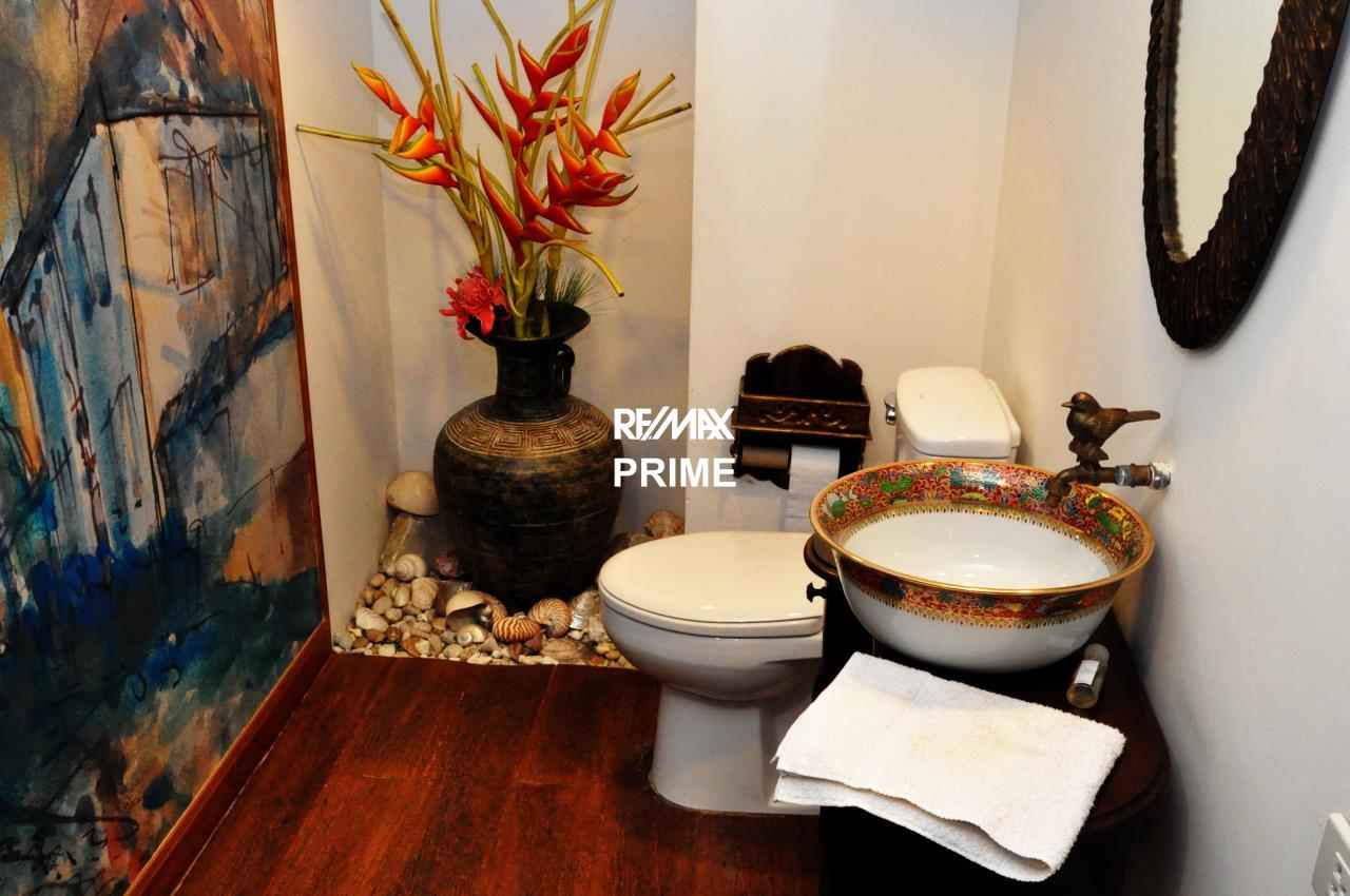 RE/MAX PRIME Agency's For Sale Baan Sukhumvit 14